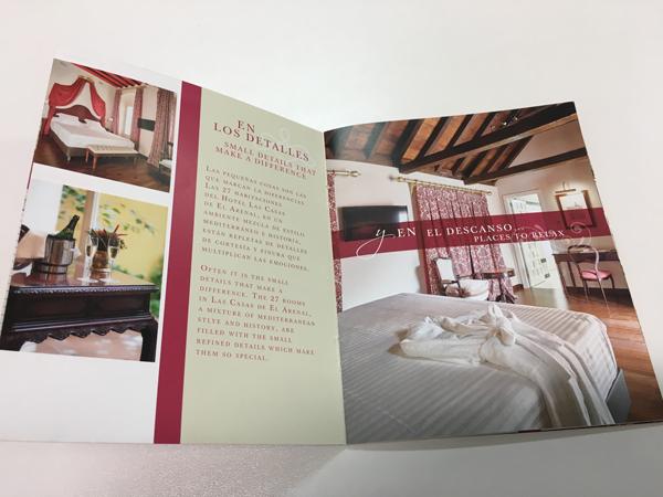 Diseño de folleto de Hotel Las Casas del Arenal de Sevilla